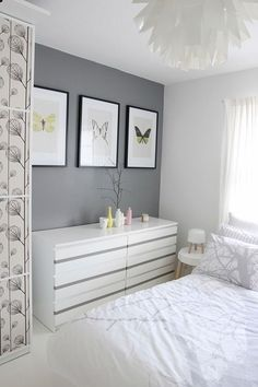 Malm drawer update - Grey stripe to match accent wall color or a shade lighter. For malm 6 drawer high chest, top drawers white with stripe as above, remaining drawers solid Grey (only drawer front) - #decoracion #homedecor #muebles