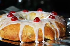Peruvian Rosca de Reyes by Provecho Peru, via Flickr