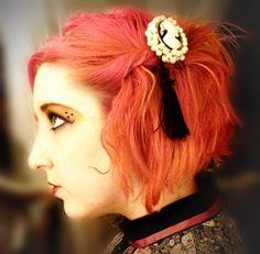 Simone Smith with custom cameo hair fascinator