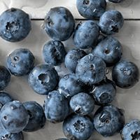 Runner's World Magazine says -- blueberries and beer are great additions to your diet if you are a runner!  Gotta love that!!  We bike for ice cream -- now run for beer (?)  It's one of the reasons I've been a runner !!