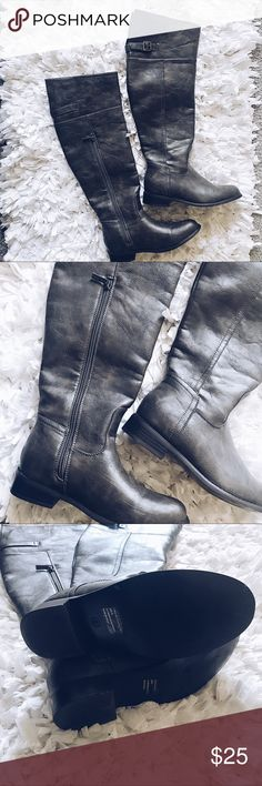 Over the knee Gray leather boots These boots go slightly over the knee! Gorgeous gray leather boots never worn. bought from red dress boutique online feel free to make me an offer! 💕 red dress boutique Shoes Over the Knee Boots