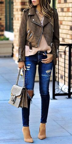 Zara Jacket And Camisole // Shoulder Bag // Pumps // Destroyed Jeans Cozy Winter Outfits, Fall Outfits, Casual Outfits, Cute Outfits, Look Fashion, Fashion Outfits, Womens Fashion, Fashion Trends, Fasion