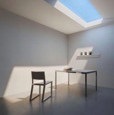 Was aussieht wie echtes Sonnenlicht, das durch ein Fenster fällt, ist in Wahrheit eine Lampe: Das Beleuchtungssystem der italienischen Firma COELUX könnte neben Krankenhäusern oder Fotostudios auch Bürolandschaften revolutionieren. (Foto: COELUX)