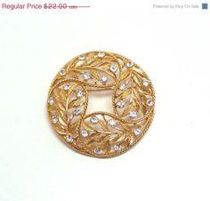 Vintage Rhinestone Wreath Brooch - Signed Emmons - Vintage Goldtone Round Domed Pin