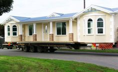 Mobile tiny house design urbanisme insurrectionnel 1929 krach & mobiles homes Used Mobile Homes, Mobile Homes For Sale, Tiny House Movement, Remodeling Mobile Homes, Home Remodeling, House Renovations, Bathroom Remodeling, Triple Wide Mobile Homes, Dreams
