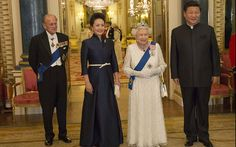 HM The Queen and the Duke of Edinburgh pose for an official photograph  with the President of The Peopl's Republic of China, Mr Xi Jinping, accompanied by Madame Peng Liyuan,