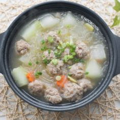 Tau Yu Bak Recipe (Braised Pork Belly in Soy Sauce) Fish Ball Soup Recipe, Balls Recipe, Easy Chinese Recipes, Asian Recipes, Chinese Beef Stir Fry, Winter Melon Soup, Cooking Hard Boiled Eggs, Rice Noodle Soups, Soup Recipes