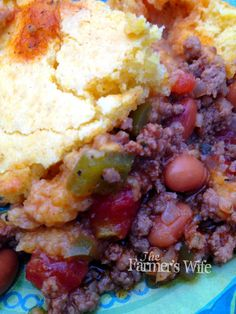 Meaty Cornbread Casserole-trying this for dinner tonight!  Reminds me of a recipe that @Jaton Leonard Broach used to make!