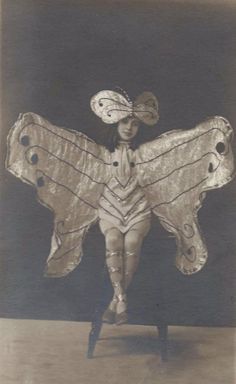 Antique photo of girl wearing butterfly/fairy costume Butterfly Fairy, Butterfly Frame, Butterfly Wings, Madame Butterfly, Antique Photos, Vintage Photographs, Vintage Photos, Vintage Ballet, Vintage Fairies