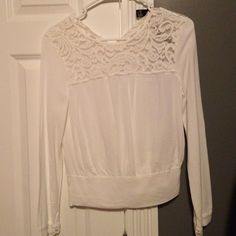 Forever 21 crop top/ blouse Great condition but has one button missing. Forever 21 Tops Blouses