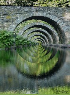 120 ♥ / October 27, 2012 / Source: crescentmoon06        Tagged:      bridge,      reflection,      patterns,      photo