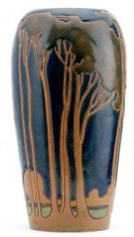 Frederick Rhead vase (Arequipa, American Arts and Crafts Movement)