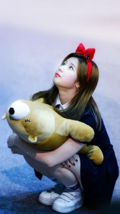 Twice Sana // KPL // How I wish she's cuddling me too Kpop Girl Groups, Korean Girl Groups, Kpop Girls, K Pop, Sana Cute, Sana Minatozaki, Chaeyoung Twice, Twice Once, Twice Kpop