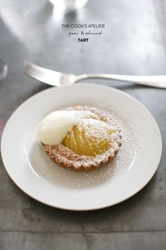 ❤❤❤ Copyrights unknown. Pear and almond tart