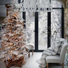 #ChristmasTree #Snow