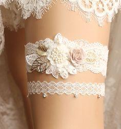 wedding garter set by GadaByGrace
