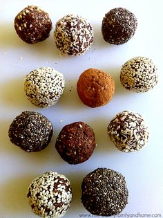 Crunchy Raw Protein Balls / Snacks - easily vegan & packed with protein. Beautiful food photos + recipes & ideas http://papasteves.com