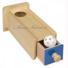 Boite de permanence bleue avec tiroir et balle