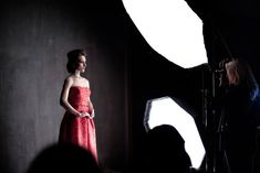 Lara Jade Workshop Behind The Scenes Light Photography, Photography Tips, Studio Lighting Setups, Lighting Diagram, Scene Image, Beauty Editorial, Photo Studio, Behind The Scenes, Strapless Dress