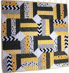 Modern Baby Girl Quilt  Benartex Daisy  by InfantlyCuteBoutique, $99.00