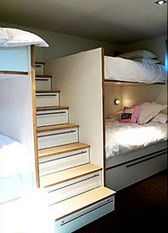 Lots'o'beds w stair-drawers
