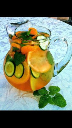 Fat Flush Water  Water 8oz 1 slice grapefruit 1 tangerine 1/2 cucumber sliced 2 peppermint leaves