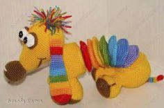 Free - Rainbow dog amigurumi crochet pattern (in Russian) Crochet Amigurumi, Amigurumi Patterns, Crochet Dolls, Crochet Yarn, Crochet Patterns, Rainbow Dog, Rainbow Crochet, Cute Crochet, Crochet Animals