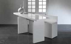 Découvrez Avalon, un modèle de table console extensible avec banc intégré proposé à Nantes par Rangeocean. Autres modèles visibles sur le site.