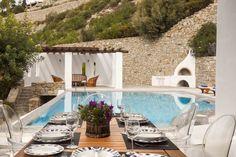 Mykonos Villa Aphrodite in dandy Agios Lazaros - HomeTality Barbecue Garden, Mykonos Villas, Mega Mansions, Luxury Villa Rentals, Luxury Estate, Resort Villa, Private Pool, Stunning View, Aphrodite