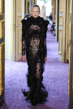 Francesco Scognamiglio Couture Fall 2016 Fashion News, High Fashion, Fashion Trends, 2016 Trends, After Dark, Puff Sleeves, Fall 2016, Wearing Black, Editorial Fashion