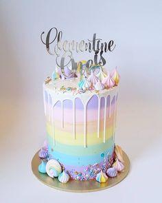 💖💙💜 Happy Birthday Clementine! 💜💙💖 7th Birthday Cakes, Happy Birthday, Mini Cakes, Cupcake Cakes, Buttercream Designs, Lollipop Cake, Engagement Cakes, Rainbow Birthday, Artemis