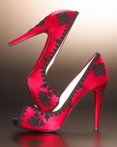 THESE LOOK GREAT TO WEAR ON VALENTINES DAY