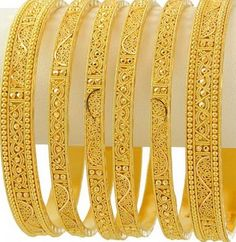 new jewelry trends style: Popular Varieties of Gold Bangles For Womens