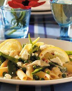 Rezept: Zitronen-Gemüsenudeln