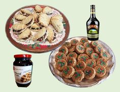 Christmas Cookies - Good Food And Treasured Memories Cut Out Cookies, Fun Cookies, No Bake Cookies, Christmas Foods, Christmas Baking, Christmas Cookies, Round Cookie Cutters, Puffed Rice, Apples And Cheese