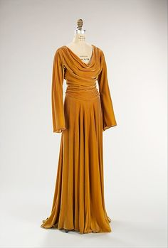 Evening dress Designer: Valentina (American, born Russia, 1899–1989) Date: 1939 Culture: American Medium: silk Dimensions: Length at CB: 57 in. (144.8 cm) Credit Line: Brooklyn Museum Costume Collection at The Metropolitan Museum of Art, Gift of the Brooklyn Museum, 2009; Gift of the Museum of the City of New York, 1964