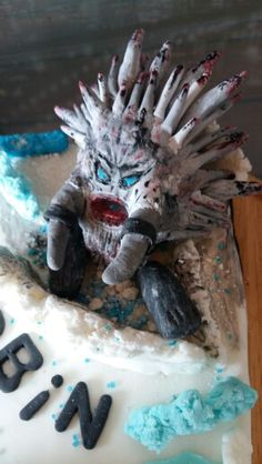 Elsa vs böser drache Elsa, Lion Sculpture, Statue, Art, Kite, Kunst, Sculpture, Jelsa, Art Education