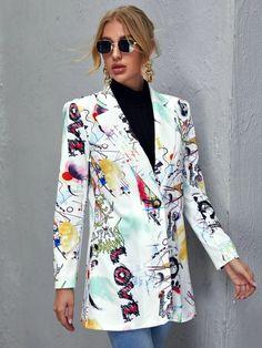 Blazers For Women, Coats For Women, Jackets For Women, Vintage Lettering, Printed Blazer, Collar Pattern, Arte Pop, Blazer Fashion, Elegant Woman