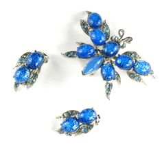 Florenza Blue Confetti Butterfly Brooch and Earrings - available from the shop, Anna's Vintage Jewelry on Ruby Lane.