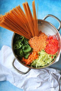 One pot pasta med linser og squash Veggie Recipes, Vegetarian Recipes, Healthy Recipes, Edamame Pasta, Healthy Cooking, Healthy Eating, Pot Pasta, Food Crush, One Pot Meals