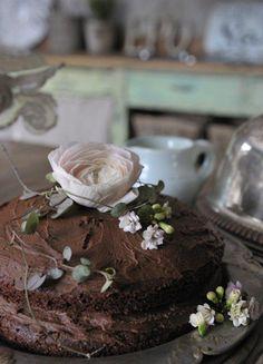 My favourite chocolatecake. Panna Cotta, Cakes, My Favorite Things, Ethnic Recipes, Desserts, Food, Decor, Decoration, Dulce De Leche
