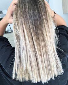 haar verven 42 Fresh blonde hair color trends for long hair 2018 - - - # for # . Blonde Foils, Brown Blonde Hair, Balayage Brunette, Balayage Hair, Blonde Color, Silver Blonde, Bayalage, Cute Hair Colors, Hair Color And Cut