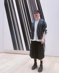 #hommeplisse #stripes #black #darkgreen #lightbeige http://tipsrazzi.com/ipost/1500538152548692215/?code=BTS-3_ilfD3