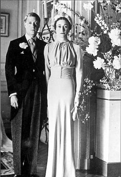 Wallis Simpson wearing  Mainbocher and Prince Edward,on the wedding day 1937