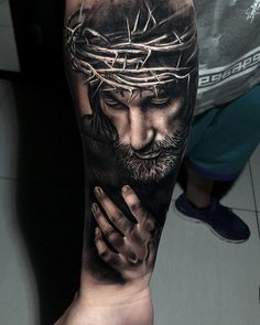 20 tattoos of holy Jesus - Tattoo Trends 2019 Tattoo L, Forarm Tattoos, Cool Forearm Tattoos, Body Art Tattoos, Hand Tattoos, Jesus Forearm Tattoo, Lion Tattoo, Jesus Tattoo Sleeve, Religious Tattoo Sleeves
