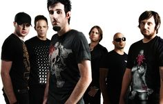 Pendulum - UK drum n bass. Gareth looking fierce.