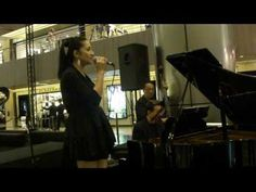 Amazing vocals  God Bless the Child (Billie Holiday) by Beverly Morata @ Paragon (30 Sep...