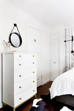 DIY: ikea dresser turned white and brass beauty Ikea Bedroom Furniture, Bedroom Dressers, Wood Bedroom, Diy Furniture, Garage Bedroom, Mirror Bedroom, Budget Bedroom, Bedroom Wallpaper, Bedroom Black