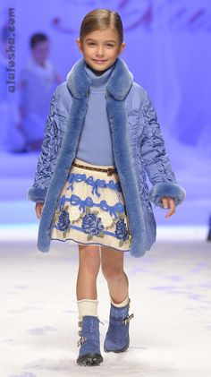 Miss blumarine catwalk alalosha: vogue enfants мальчишеская мода, Little Girl Fashion, Kids Fashion, Fashion Fashion, 2014 Fashion Trends, Quirky Fashion, Kids Coats, Cute Outfits For Kids, Kid Styles, Kind Mode