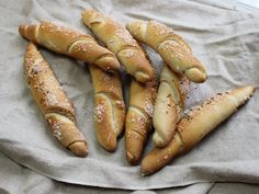 Hot Dogs, Snacks, Sausage, Food And Drink, Meat, Ethnic Recipes, Homemade Breads, Bread Baking, Breads